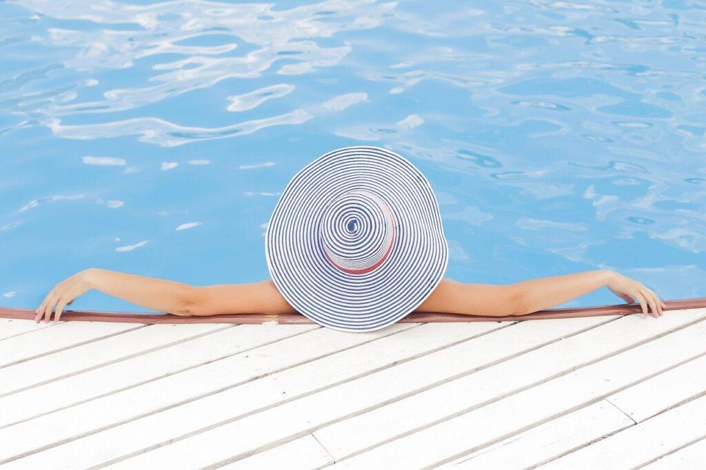 7 beneficios y ventajas de tener una piscina particular
