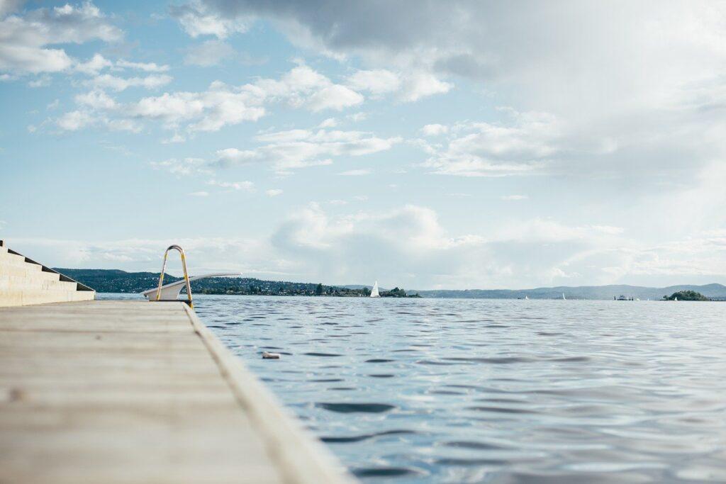 Consejos para el mantenimiento de piscinas en otoño e invierno